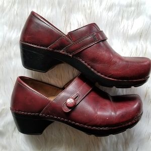 dansko clogs leather deep red size 40 / 10